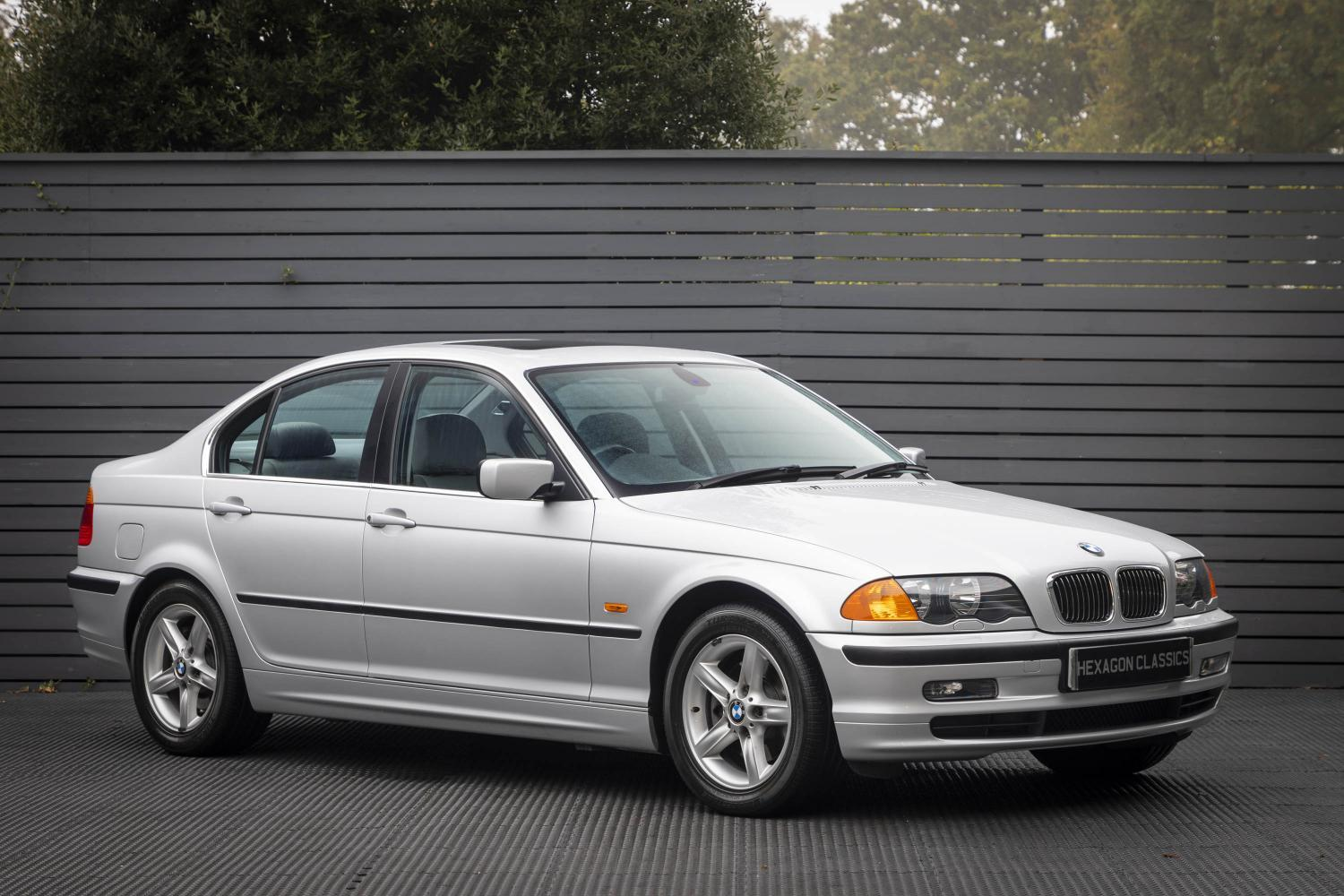 Bmw 328i Se Saloon E46 1999 Hexagon Classic And Modern Cars